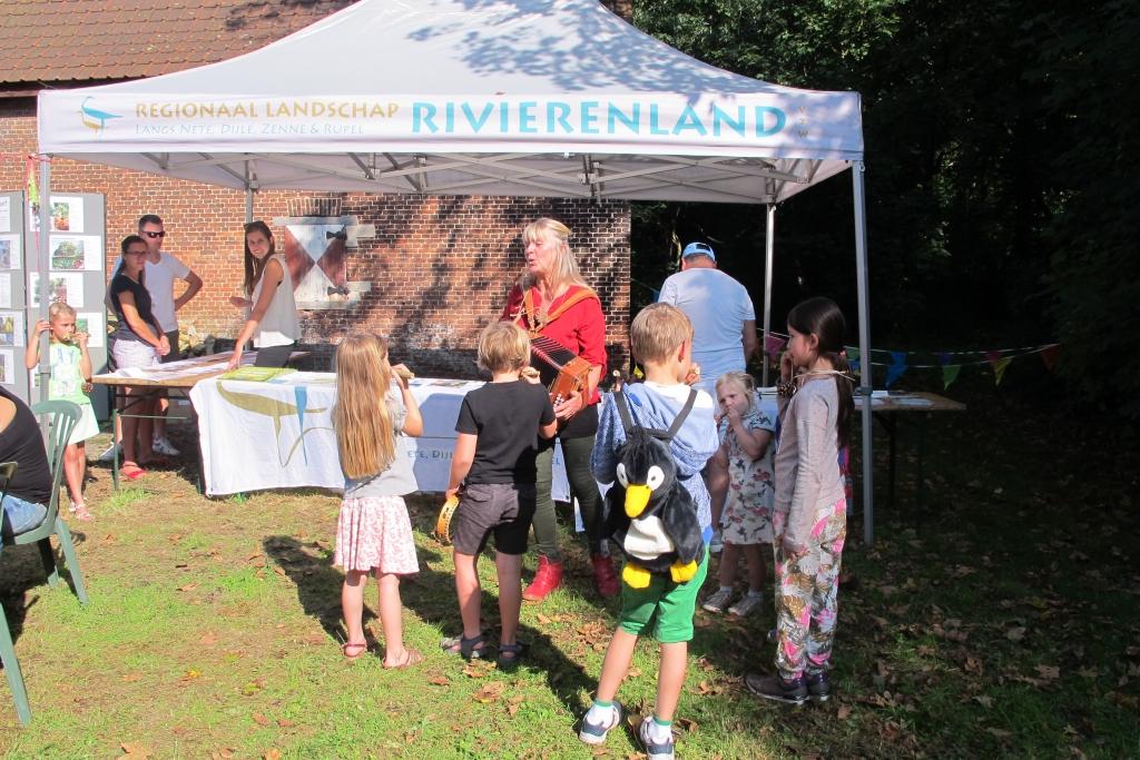 20170924 Hemiksem Rivierenland H Frateur Heet op de Planeet (2)