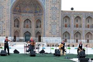 20150826-hildefrateur-Trio-Hop-on-10-th-International-Sharq-Taronalari-Festival-Uzbekistan-6